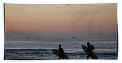 Catch A Wave By Frosty Hesson Hand Towel by Robert Banach