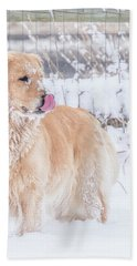 Catching Snowflakes Bath Towel