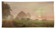 Cattle In The Mist Bath Towel