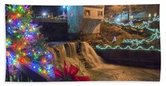 Chagrin Falls At Christmas Hand Towel