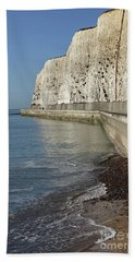 Chalk Cliffs At Peacehaven East Sussex England Uk Bath Towel
