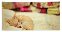 Chihuahua Puppy Christmas Dreams Bath Towel