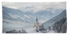 Church In Alpine Zillertal Valley In Winter Bath Towel