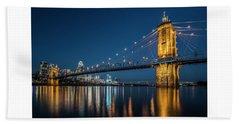 Cincinnati's Roebling Suspension Bridge At Dusk Bath Towel