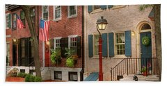 Hand Towel featuring the photograph City - Pa Philadelphia - American Townhouse by Mike Savad