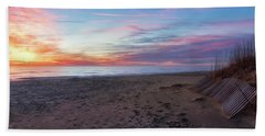 Bath Towel featuring the photograph Classic Beach Scene by Russell Pugh