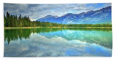 Hand Towel featuring the photograph Clear Waters At Lake Annette by Tara Turner