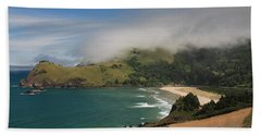 Clearing Fog Along The Oregon Coast Bath Towel