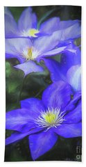 Hand Towel featuring the photograph Clematis by Linda Blair