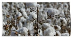 Close-up Of Cotton Plants In A Field Bath Towel