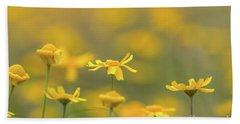 Close Up Of Yellow Flower With Blur Background Bath Towel