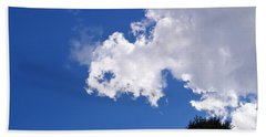 Cloud And Light  Bath Towel by Warren Thompson