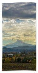 Cloudy Day Over Mount Hood At Hood River Oregon Bath Towel