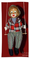 Bath Towel featuring the photograph Clown On Swing By Kaye Menner by Kaye Menner