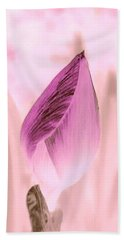 Color Trend Flower Bud Bath Towel