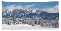 Hand Towel featuring the photograph Colorad Winter Wonderland by Darren White