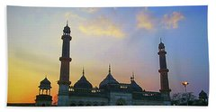 Colourful Sunset At Monument Bath Towel