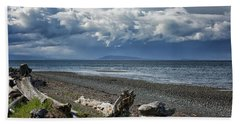 Hand Towel featuring the photograph Columbia Beach by Randy Hall