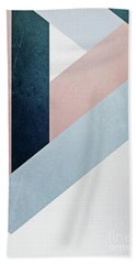Complex Triangle Bath Towel