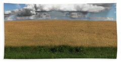 Hand Towel featuring the photograph Country Field by Brian Jones