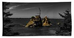 Crab Rock Bath Towel