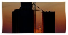 Hand Towel featuring the photograph Crescent Moon At Laird 08 by Rob Graham