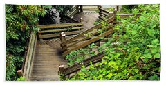 Bath Towel featuring the photograph Crooked Stairs by Ed Clark