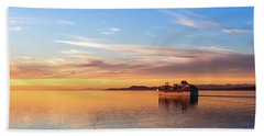 Bath Towel featuring the photograph Cruising Into The Sunset by Ed Clark