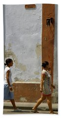 Cuba Calle In Havana Cuba Bath Towel