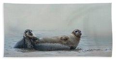 Curious Onlookers Bath Towel