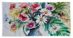 Daisies And Poppies Bath Towel