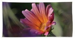 Hand Towel featuring the photograph Daisy At Dusk by Debby Pueschel