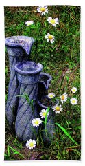 Daisy Fountain Bath Towel