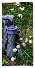 Daisy Fountain Hand Towel