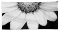 Daisy Smile - Black And White Hand Towel