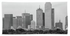 Bath Towel featuring the photograph Dallas In Black And White by Jonathan Davison