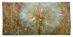 Hand Towel featuring the photograph Dandelion by Jennifer Muller