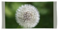 Hand Towel featuring the photograph Dandelion - Poof by Susan Dimitrakopoulos
