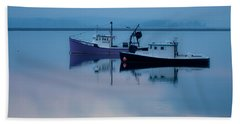 Hand Towel featuring the photograph Dawn Rising Over The Harbor by Jeff Folger