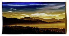 Hand Towel featuring the photograph Day Break 2a1 by Joseph Hollingsworth