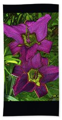 Hand Towel featuring the photograph Daylillys 2 by David Pantuso