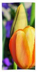 Dazzling Tulip Bath Towel