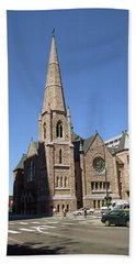 Bath Towel featuring the photograph Denver Downtown Church by Frank Romeo