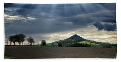 Desenberg Castle Ruins Under The Sunbeams Bath Towel