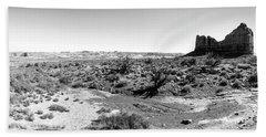 Desert Landscape - Arches National Park Moab, Utah Bath Towel