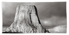 Devil's Tower Black And White Hand Towel