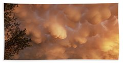 Dimmit Storm Mammatus Bath Towel