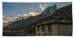 Bath Towel featuring the photograph Dingboche Nepal Sunrays by Mike Reid
