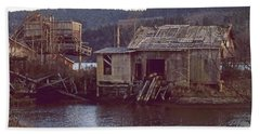 Bath Towel featuring the photograph Discovery Bay Mill by Laurie Stewart