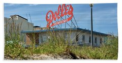 Hand Towel featuring the photograph Dolles Candyland - Rehoboth Beach Delaware by Brendan Reals